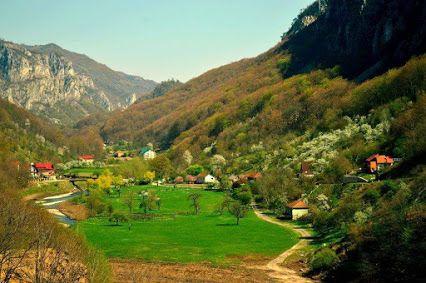 Valeria Dumitrescu - Google+  Valea Cernei