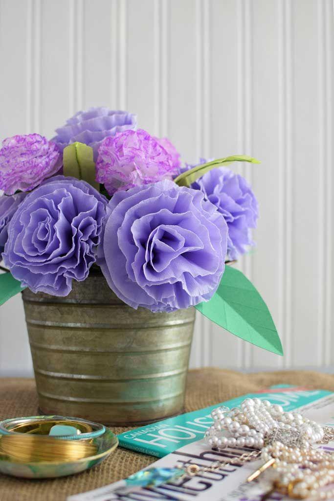 DIY-Paper-Flower-Wedding-Centrepiece-Crepe-Paper-Carnations-in-bloom-#tutorial-#paperflower-#DIY-#wedding
