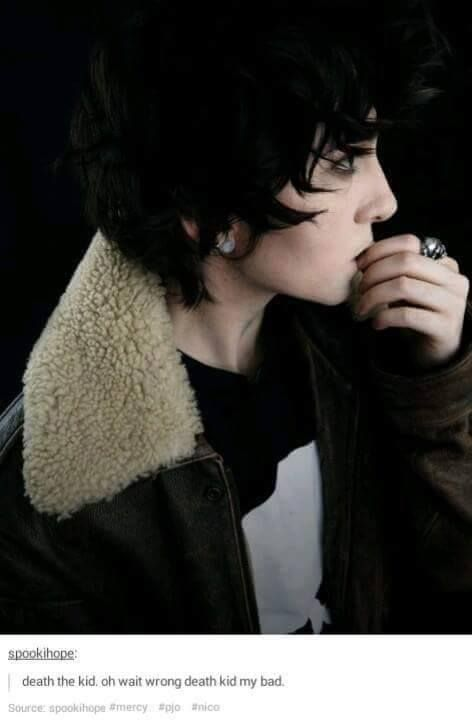 Nico di Angelo cosplay <<< Oh my GODS! So good and adorable and awwww omgs love this so much Nico is an adorable little cutie aaaahhhh ♡♡♡♡♡♡♡