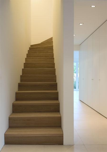 Hal en trap hal en trap pinterest trappen thuis en voor het huis for Lay outs van het huis hal