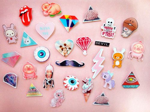 Japanese harajuku Wind ZIPPER / ROWKY / AMO same paragraph / Triangle Star unicorns fart king peach badge / Broochssvroqrsnkg from English Agent:BuyChina.com