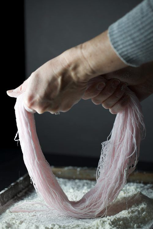 "Hand Pulled Cotton Candy ... a great tutorial via this blog, ""A Little Zaftig""."