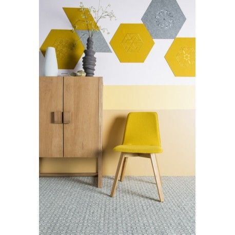 Modern vloerkleed Emporium Charcoal. Gemaakt van 100% wol met geweven print. Verkrijgbaar in charcoal en zacht grijs en twee verschillende formaten.#vloerkledenloods #wol #wool #rug #vloerkleed #carpet #modern #interiordesign #home