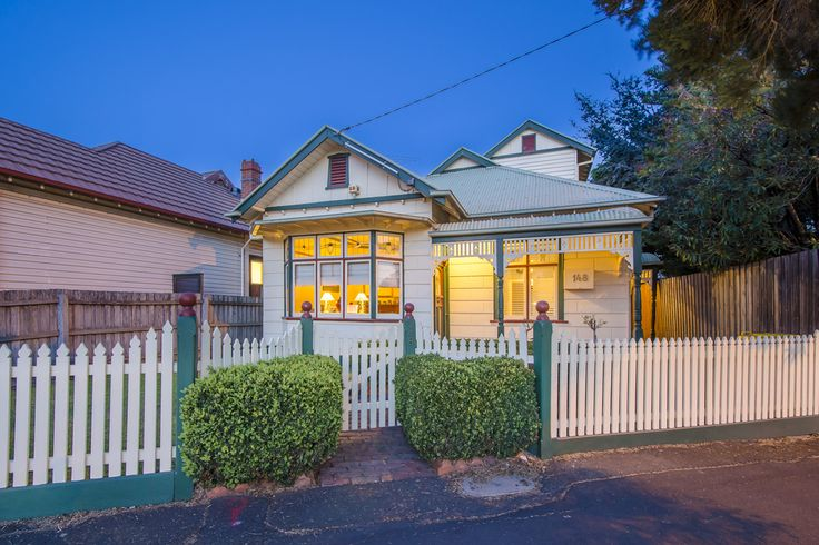 148 Melbourne Road, Williamstown. Distinctive Federation charm makes an immediate statement when walking through this timeless beauty.