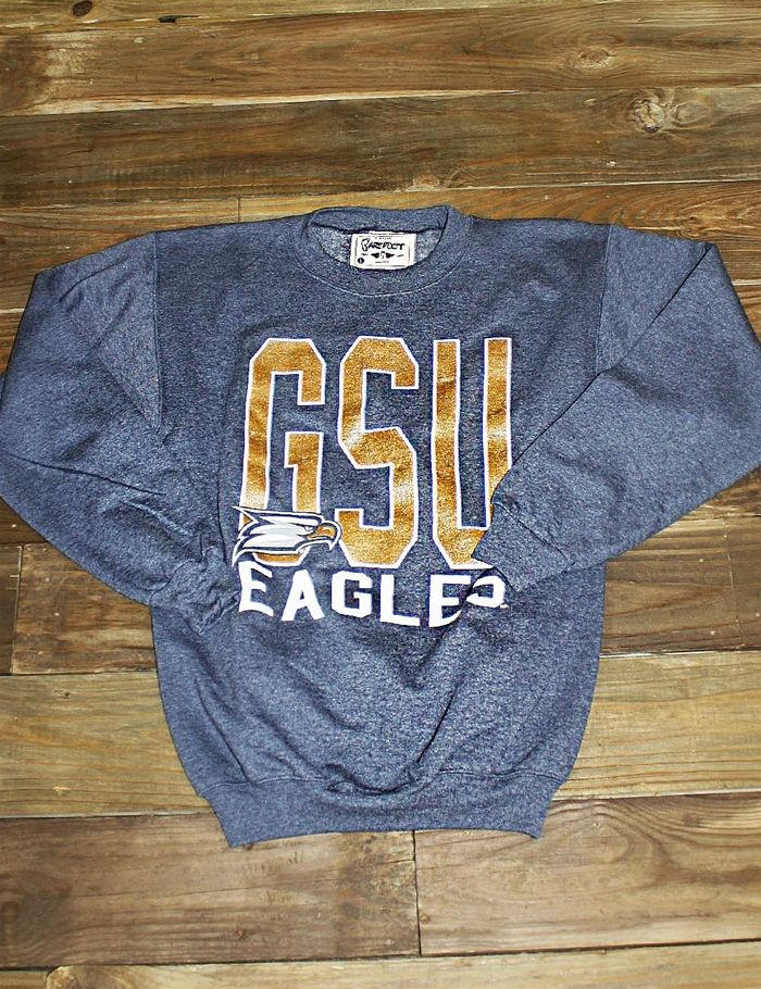 Keep warm in this great new Georgia Southern crew neck sweatshirt, a Barefoot Campus Outfitter exclusive! GATA!