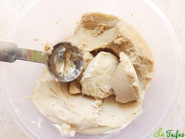 Înghețată de banane si nuci