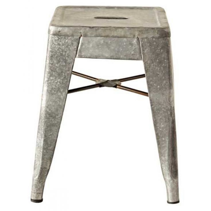 Add a little vintage farmhouse charm to your decor with our galvanized metal step stool, which also doubles beautifully as a pedestal for tabletop decor while displaying plants, books, or picture frames.