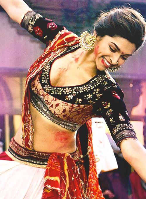 Deepika Padukone Goliyon ki Raasleela Ram-Leela
