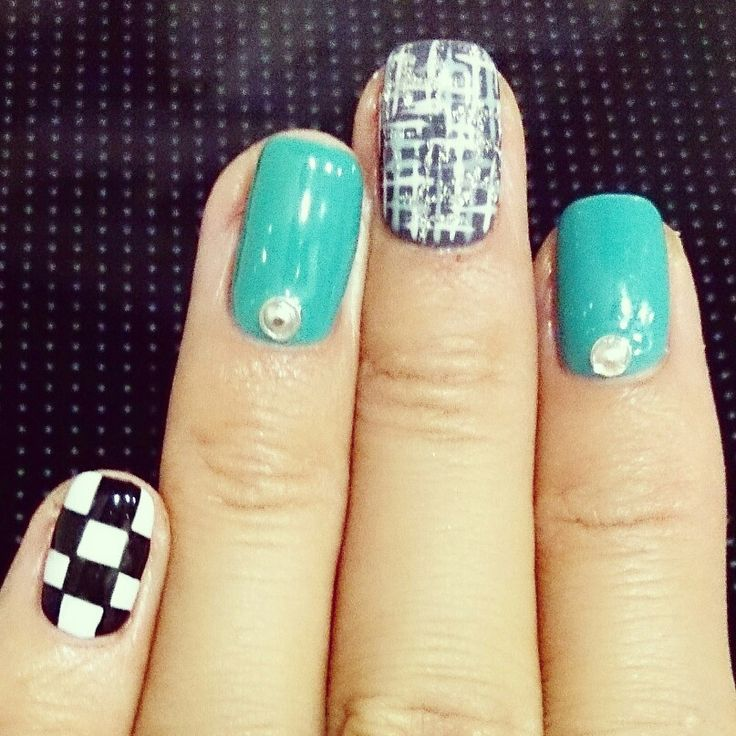 Nail design for the Singapore F1 grand prix
