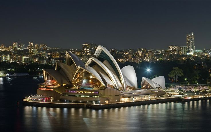 Australia Holiday Packages, Australia Travel Packages - Australia Holiday Packages Offers Customized Holiday, Vacation, Honeymoon Tour Packages for Australia 2014 from Delhi India at lowest prices.