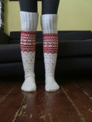 20 best cable knit socks images on pinterest boots for Warm cabin socks