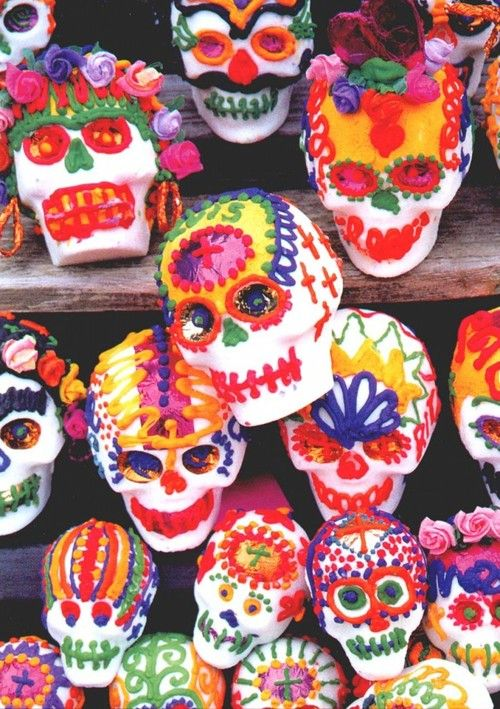 Calavera de Azucar. Dia de Los Muertos Sugar Skulls.