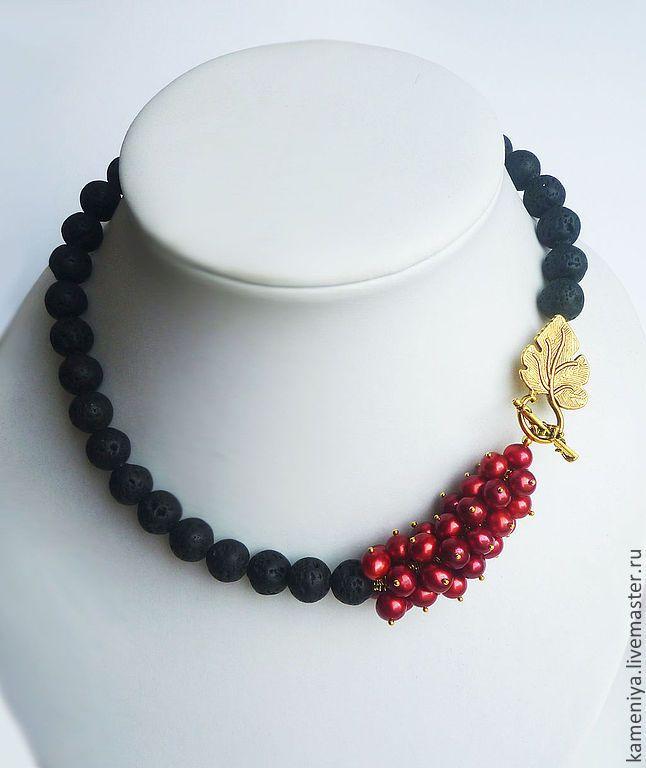 Купить Колье из лавы и красного жемчуга SEVILLA - черный, красный, украшения из жемчуга, украшения из лавы