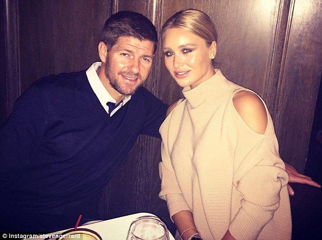 Gerrard and his wife Alex Curran are pictured dining out at LA eatery Craig's Restaurant