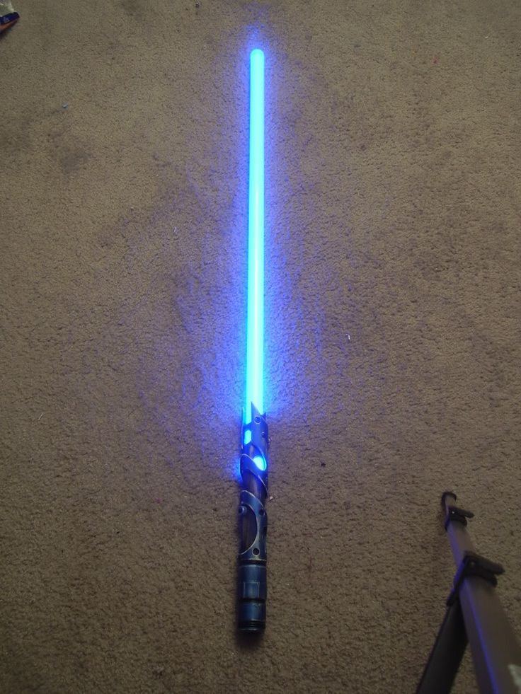 Instructions to make your own light saber! I can't wait to try this with Bri. :):