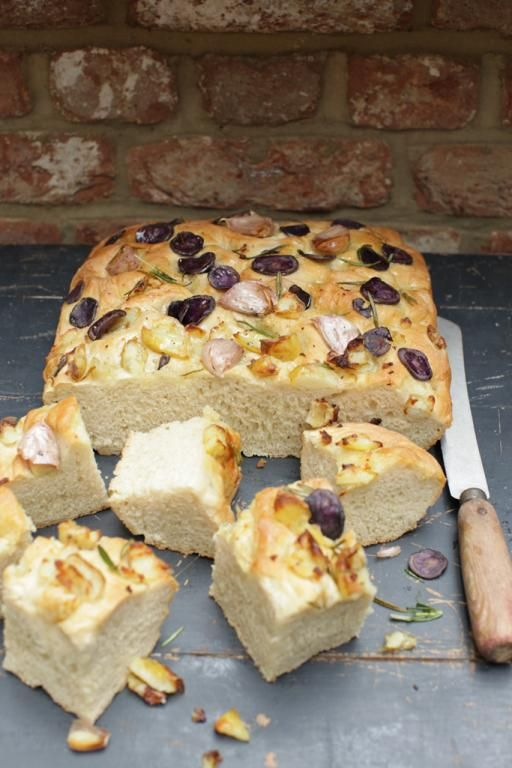 10 Delicious Bread Recipes You Can Easily Try At Home-Potato and Rosemary Foccacia