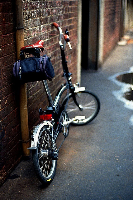 In the Alley #1 #Brompton