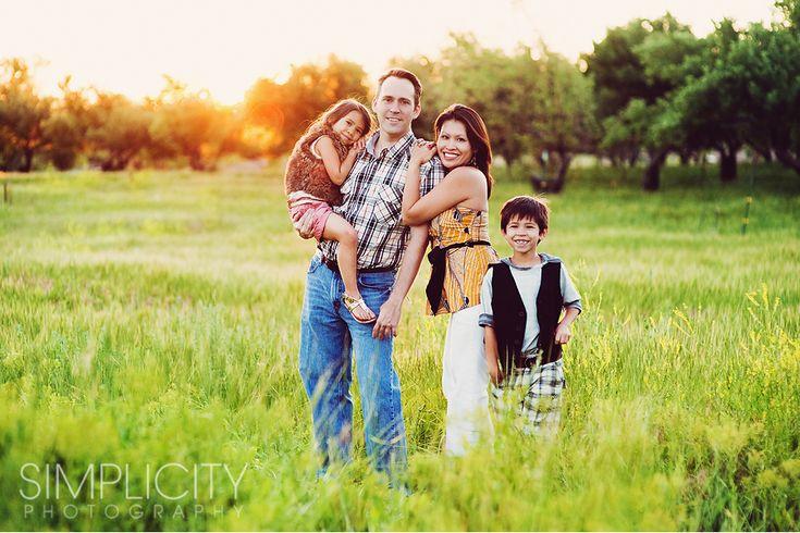 family photo session. Love the fun pose!