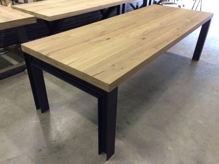 Massief eiken tafel H balk staal onderstel www.kaldenbach-meubels.nl