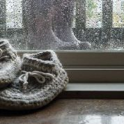 100% natural wool slippers with sheepskin bottom.