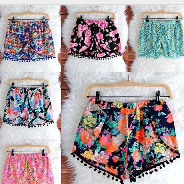 I think these colorful pom pom shorts are like a fiesta in every step