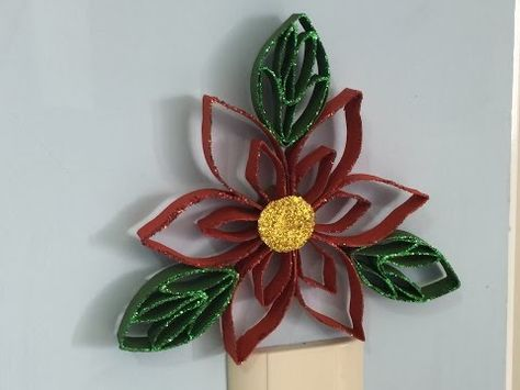 Flor de nochebuena con rollitos de papel del baño / Poinssetia out of toilet paper rolls - YouTube