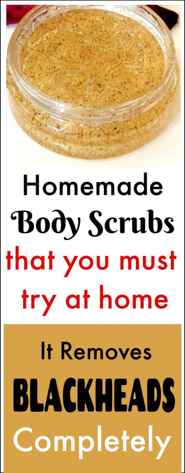 Homemade natural scrubs to get rid of blackheads