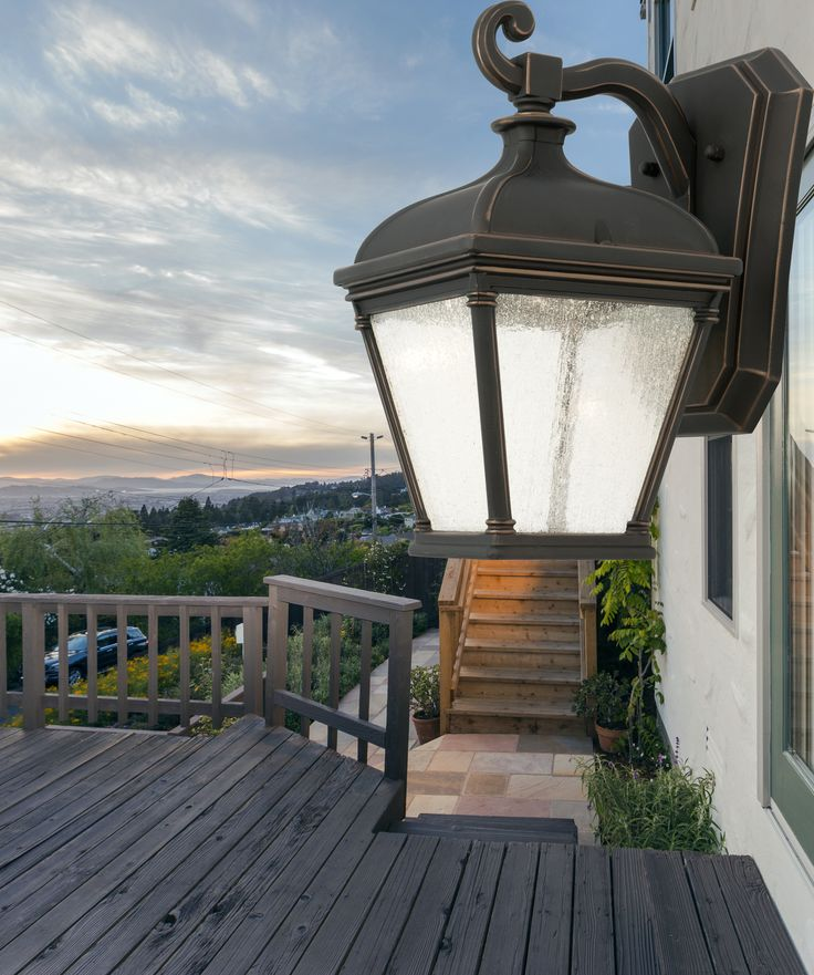 Austin Exterior Light by #MercatorLighting #ExteriorLights #LightingInspiration #homedecor