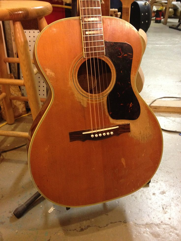 1000 images about vintage acoustic guitars on pinterest models the mid and repair shop. Black Bedroom Furniture Sets. Home Design Ideas