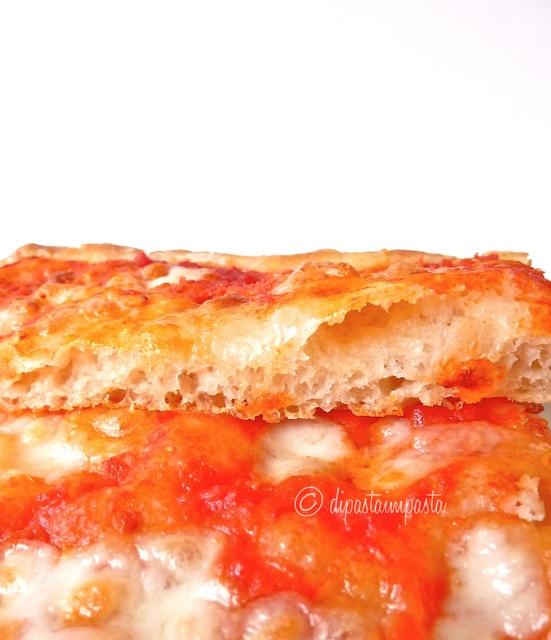 Pizza margherita con 1 grammo di lievito