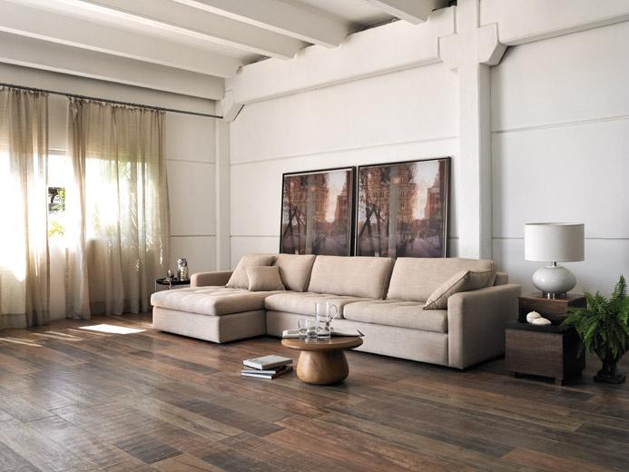 Piso imitando madeira: Decor Ideas, Ems Casa, Revestimento Porcelanato, Casa Trocon, Beautiful Floors, Interiors Design, House, Sofas, Room