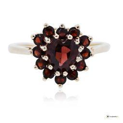 Yellow gold garnet heart ring, Granat, Granatring, Herzring, Trendfarbe ROT, red jewelry