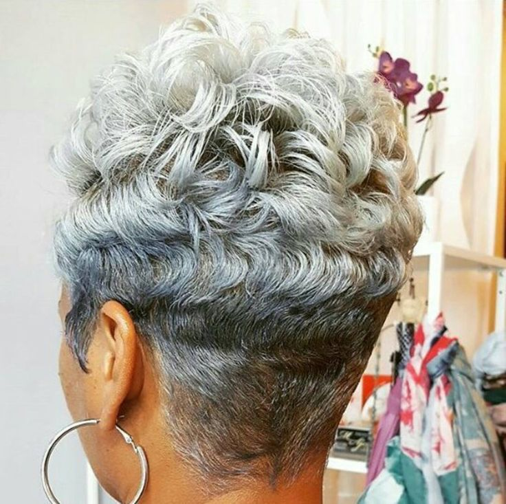 A gorgeous Silver Fox with a smart tapered cut...beautiful ❤️❤️