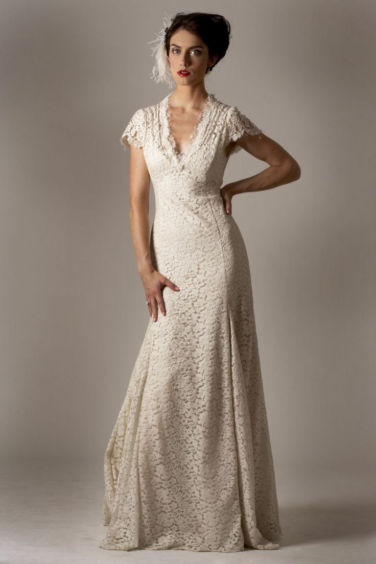 Best 25 second wedding dresses ideas on pinterest vow for Simple elegant wedding dresses second wedding
