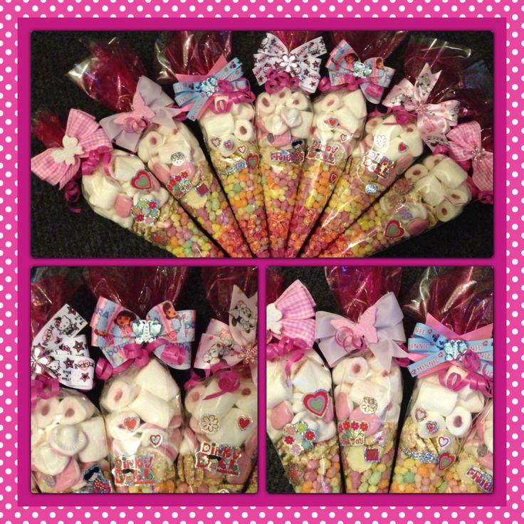 Sweetie cones with bobbles