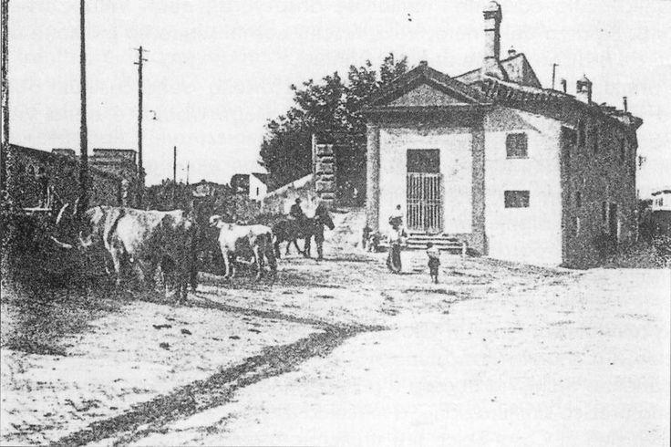 Old school - 1909 Via Madonna del Riposo