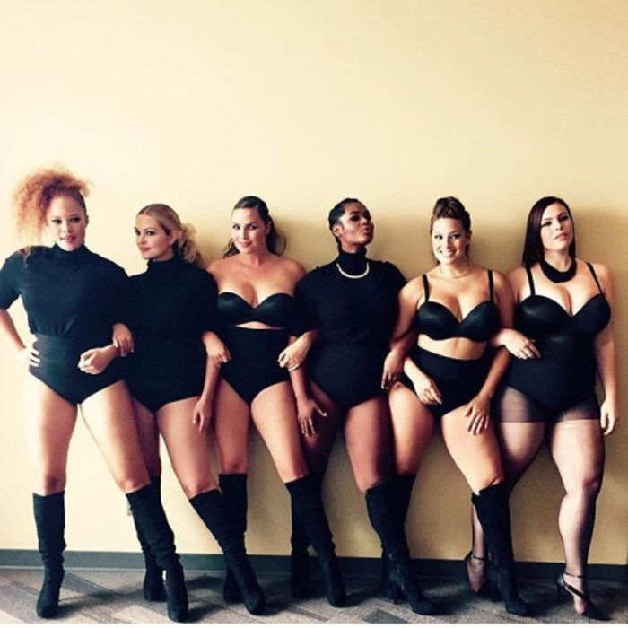 Η μυστηριώδης διαφήμιση με 6 γυναίκες με καμπύλες που προκάλεσε ερωτηματικά |thetoc.gr