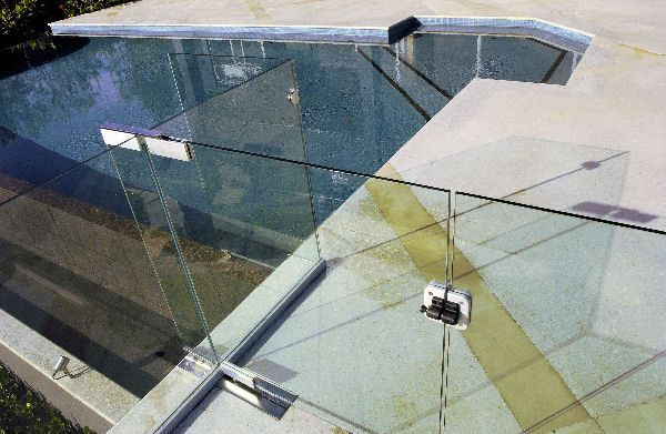 Hydraulic hinges, gate latches for pool gates - revolutionary design