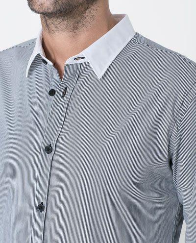 Image 4 of STRIPED STRETCH SHIRT from Zara