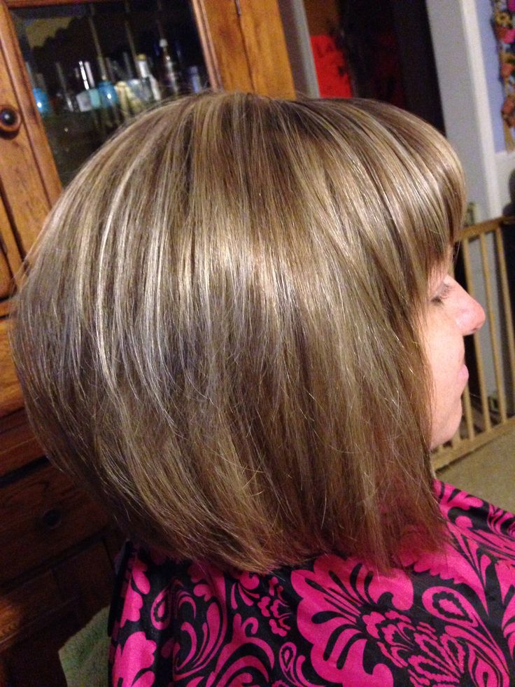Razor cut with high and low lights hair