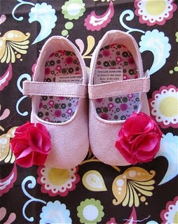 - cute DIY flowered shoes at a fraction of the price -