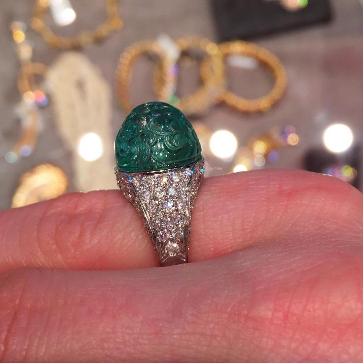 carved emerald cabochons #hkjewelryshow #faerberny #carved #cabochon #emerald #diamond #ring