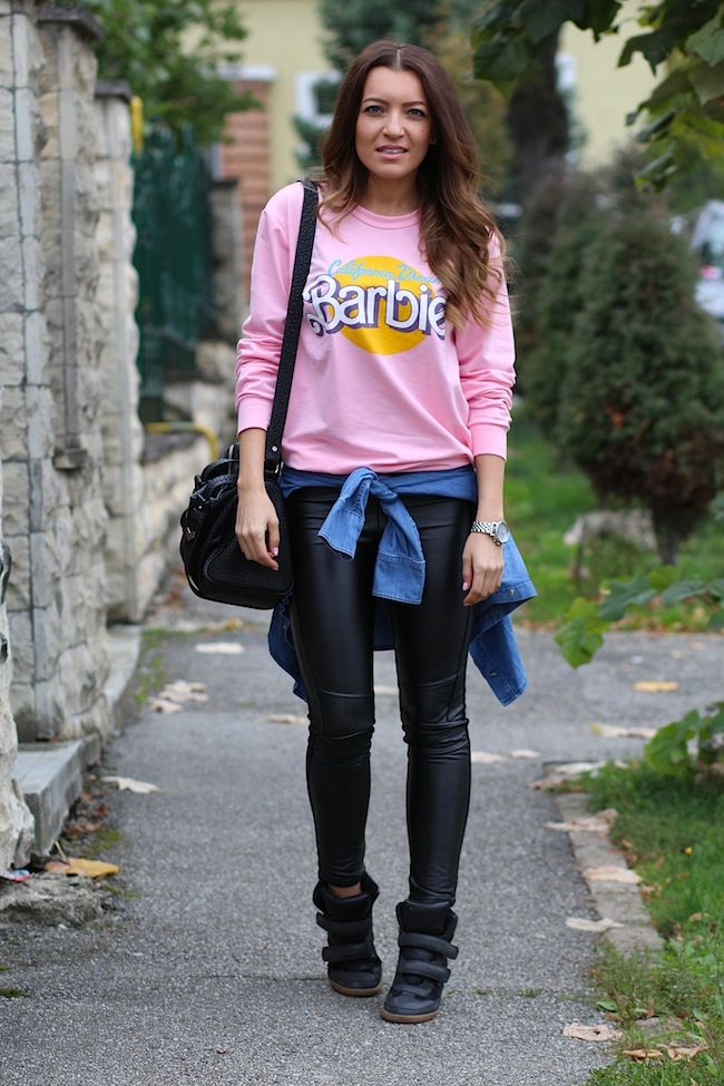 barbie pink pullover http://www.sandrab.ro/2013/10/barbie-pink-pullover.html