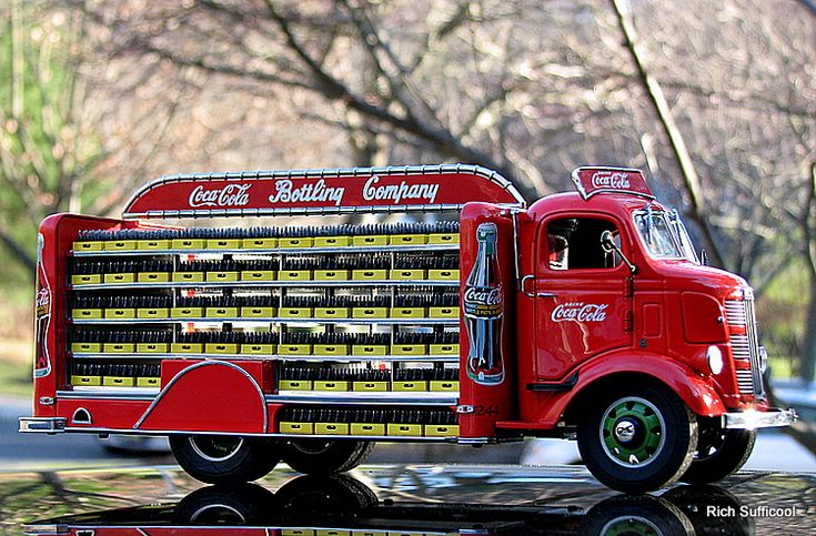 Vintage Coca-Cola Truck 1938 | images of danbury mint 1 24 1938 gmc delivery truck coca cola diecast ...