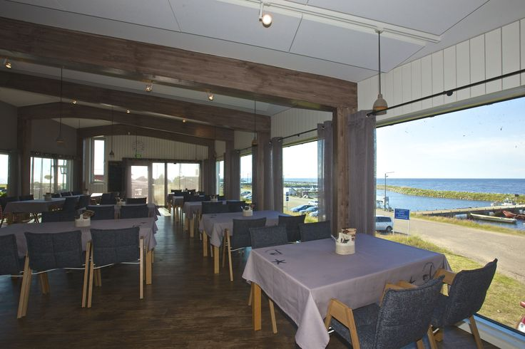 Restaurant with the seaview