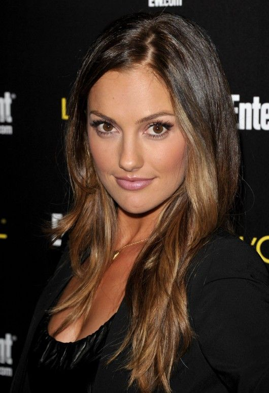 This is why Minka Kelly is my girl crush. I'm in love with her hair!!