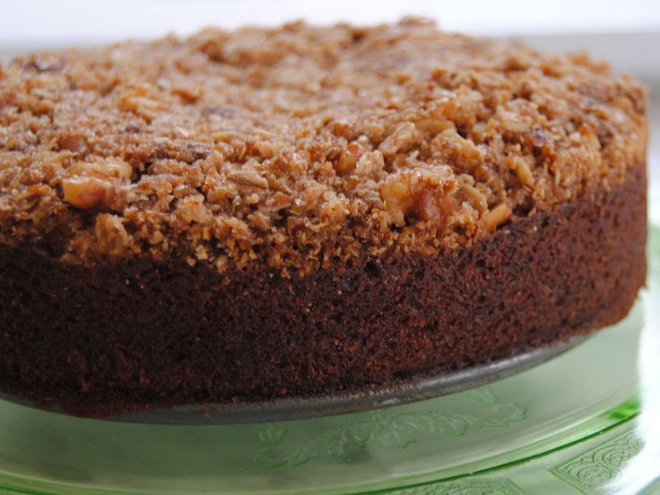 Did you know Silk® has a ton of tasty recipes, like this one for Lucuma Cinnamon Crumb Cake