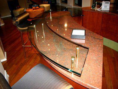 RAISED PLAIN GLASS COUNTERTOP (RB 21) - CBD Glass Kitchens