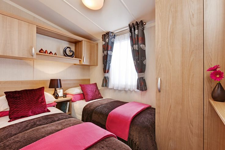 burgundy twin bedroom 2014 swift holiday homes pinterest