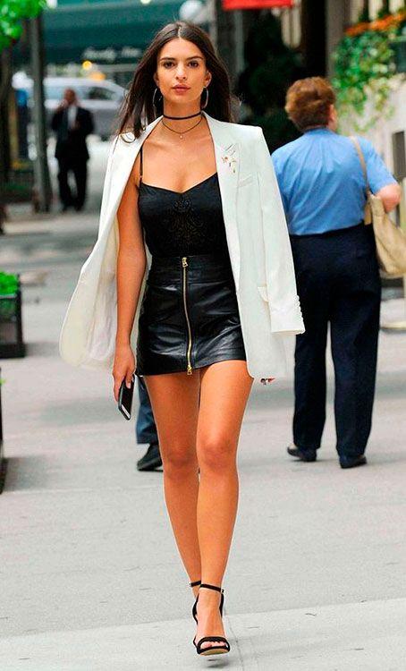 Saia de Couro: Saia com zíper frontal | Moda & Estilo in 2019 | Fashion, Black leather skirts, Night outfits